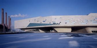 Phaeno Science Center in Wolfsburg, Germany, 2005